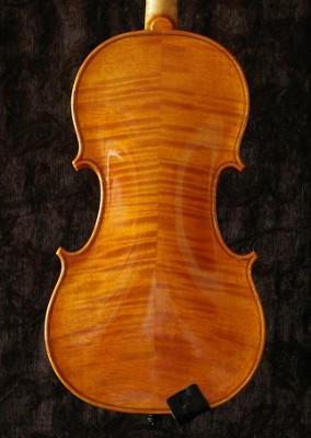 Violine nach A. Stradivari Caroline Zillmann Meißen 2008